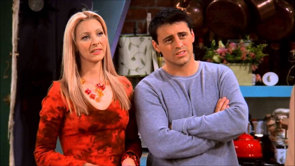 9 Reasons Phoebe and Joey Should've Got Together in Friends