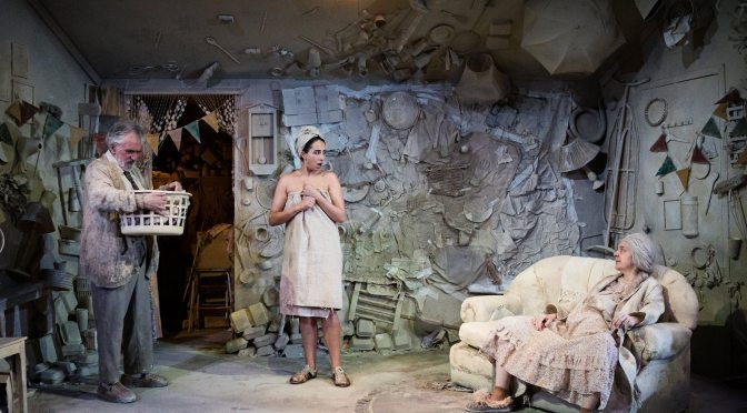 Review: Ma, Pa, and the Little Mouths at The Tron Theatre